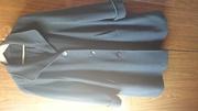 Продается три пальто .куртка черная обувь